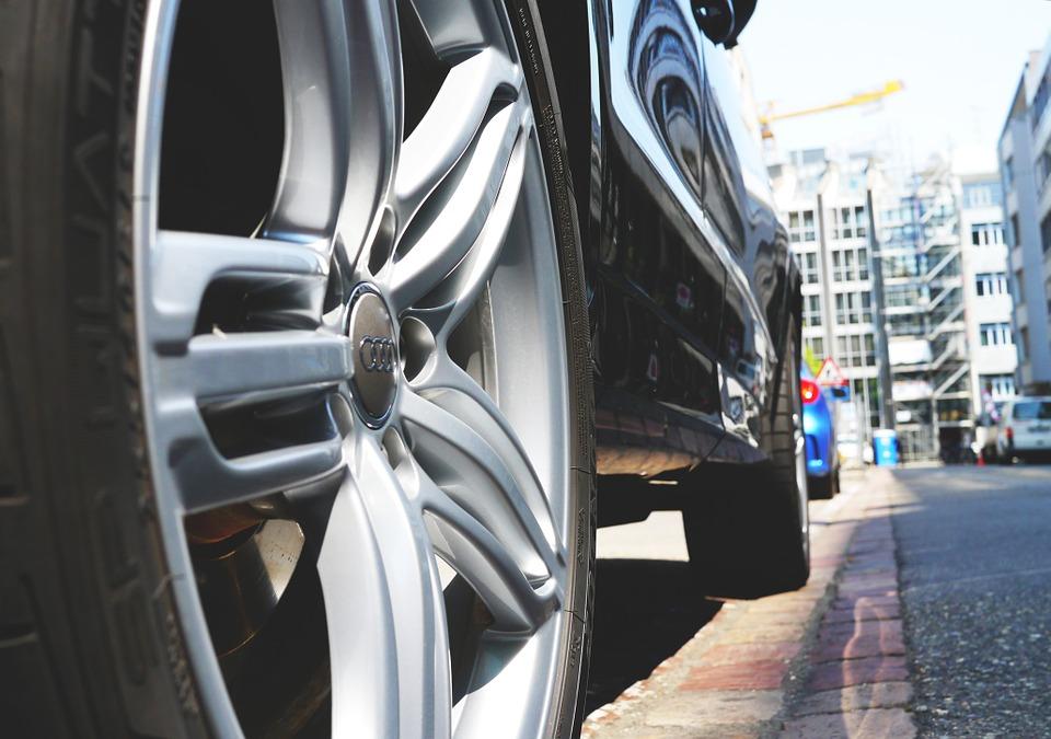 Sedm tipů, jak snížit spotřebu auta